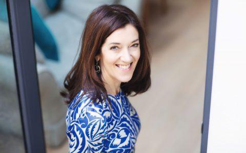 """Βικτώρια Χίσλοπ: """"Τα μυθιστορήματα αντλούν έμπνευση από την πραγματική ζωή"""""""