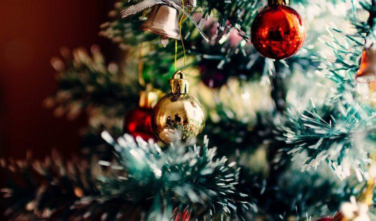 5 απλοί τρόποι να βάλεις το σπίτι σου στο κλίμα των γιορτών