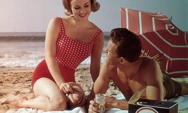 Ο ερωτισμός των γυναικών της δεκαετίας του '60 μέσα από φωτογραφίες