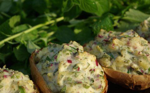Η κορυφαία συνταγή για πατάτες γεμιστές με τυριά