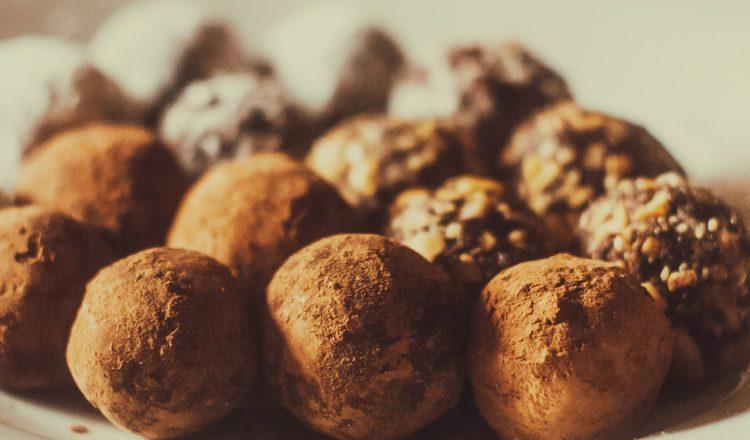 Πεντανόστιμο σοκολατένιο γλυκό χωρίς ζάχαρη