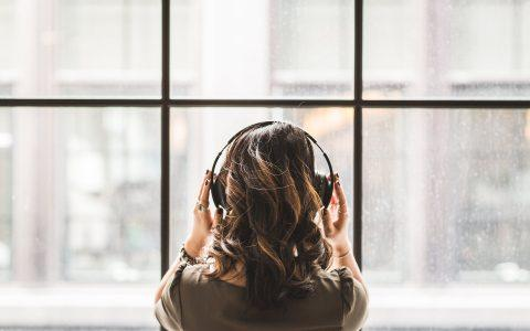 Η playlist με τα 50 καλύτερα τραγούδια για το χωρισμό