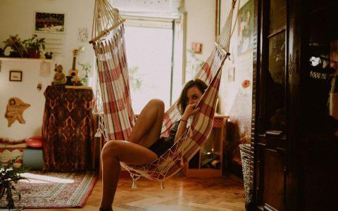 44 τρόποι να περάσεις ευχάριστα τον ελεύθερο χρόνο σου στο σπίτι
