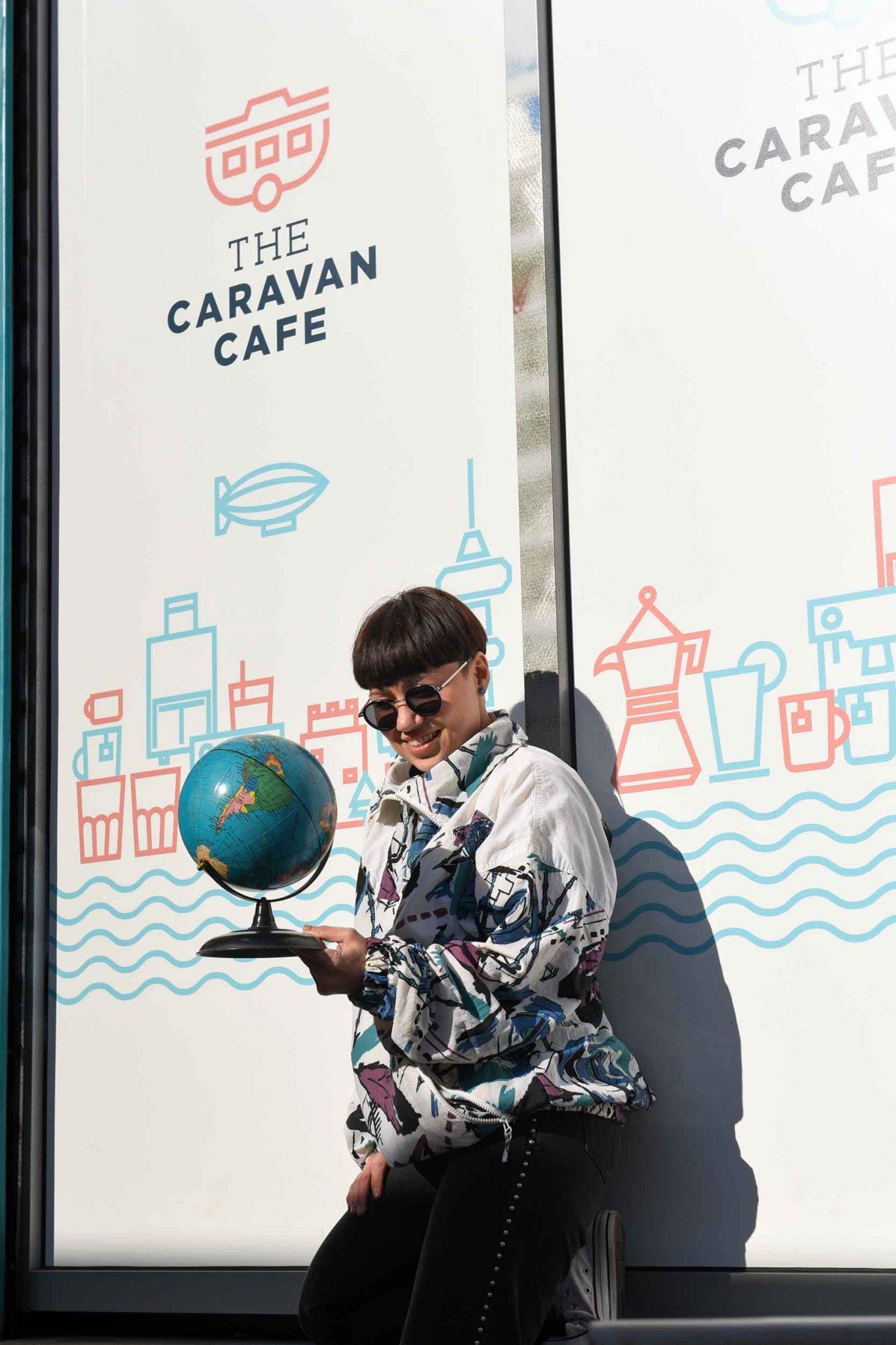 Το Jenny Blond υποδέχεται την άνοιξη με ένα vintage bazaar στο The Caravan B&B