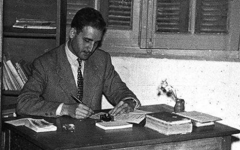Ο Ντίνος Χριστιανόπουλος μέσα από τους στίχους του