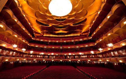 Η Metropolitan Opera της Νέας Υόρκης, μας προσφέρει κάθε μέρα δωρεάν μερικές από τις κορυφαίες παραστάσεις της!