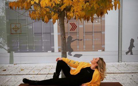 """""""Τo άνθος της ζωής"""" της Ιωάννας Γκανέτσα είναι οι μικρές ή μεγάλες αλήθειες μας"""