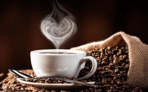 Καφές, εκτός από λατρεμένη συνήθεια, τι άλλο; 5 πρακτικές χρήσεις!