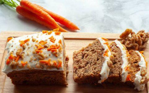 Φτιάξτε τo πιο νόστιμο κέικ καρότου που έχετε δοκιμάσει!