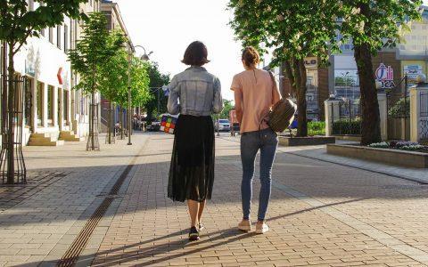 Η σκέψη μας ενισχύεται όταν περπατάμε