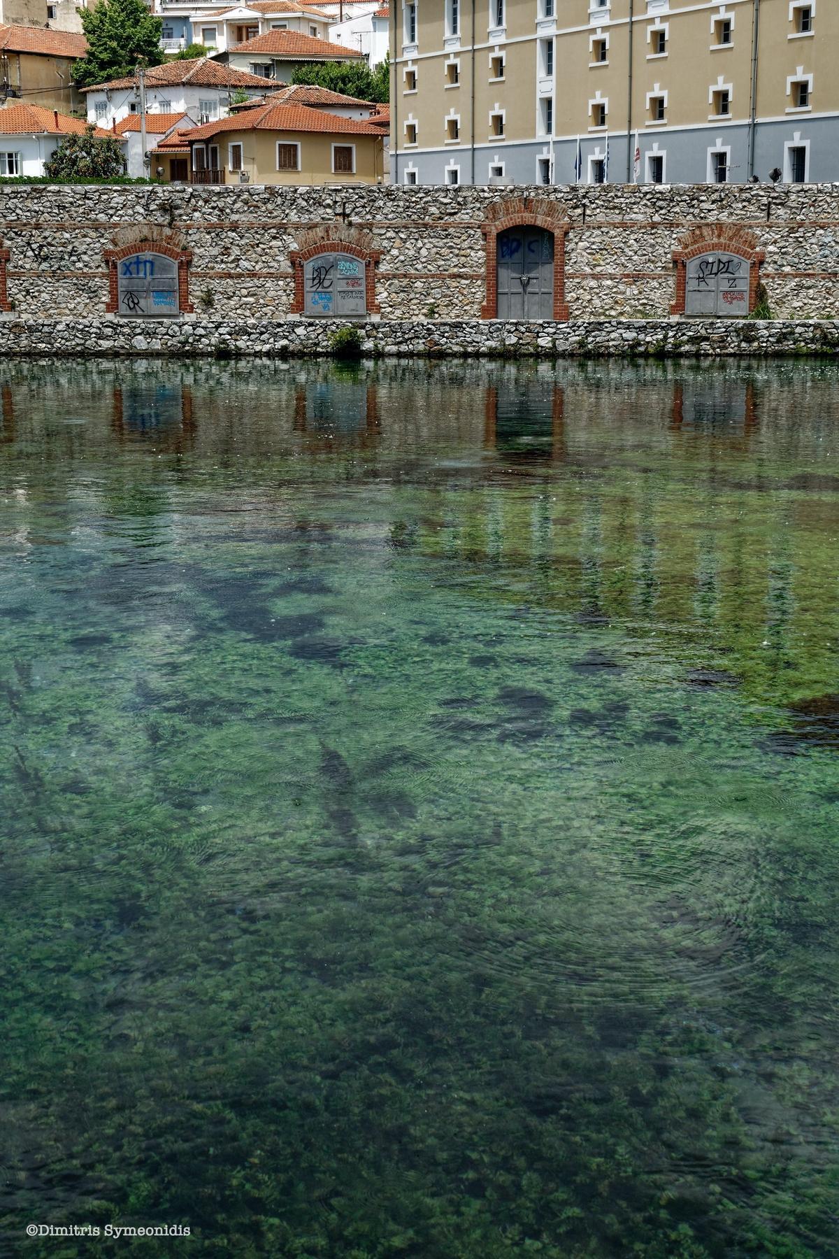 Ο ωραιότερος  κήπος της Ελλάδας, με πράσινα νερά στο κέντρο της πόλης! Δράμα και Αγία Βαρβάρα
