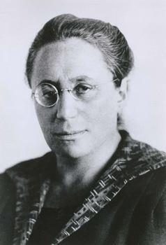 Emmy Noether: η μαθηματικός που καθόρισε την εξέλιξη της σύγχρονης Φυσικής