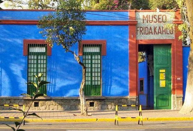 Casa Azul: Επισκεφτείτε ψηφιακά το «Γαλάζιο Σπίτι» της Φρίντα Κάλο!