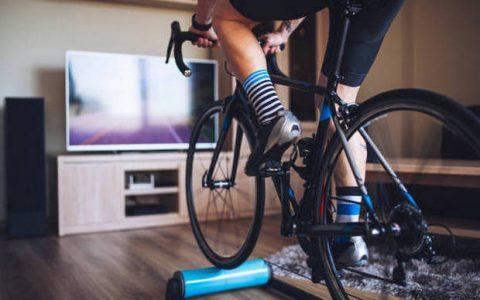 Spinning: Tι είναι το indoor cycling που βάζει φωτιά στο μεταβολισμό;