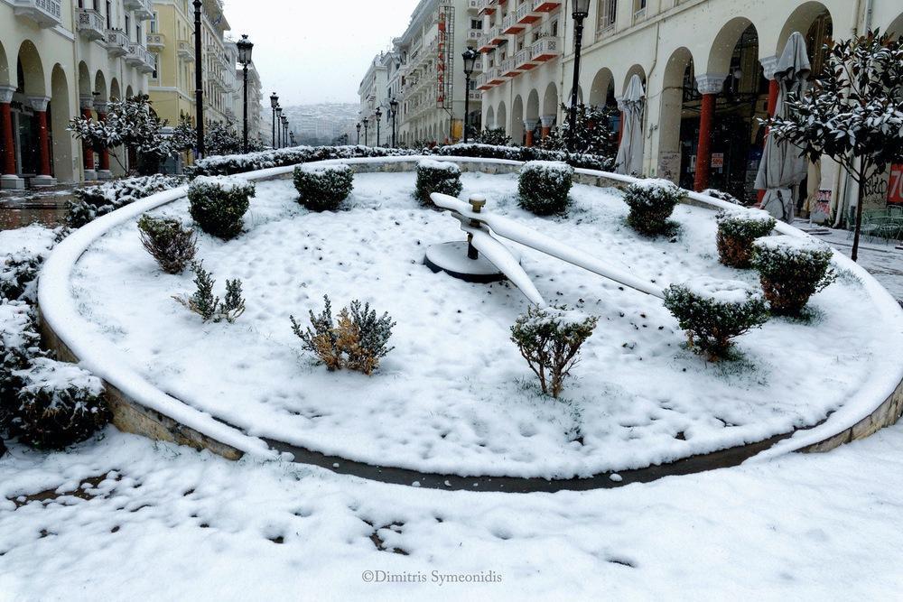 Μαγευτική χιονισμένη Θεσσαλονίκη 2021, από τον Δημήτρη Συμεωνίδη