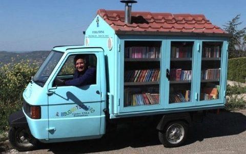 Antonio La Cava: Η μικρότερη βιβλιοθήκη στην Ιταλία!