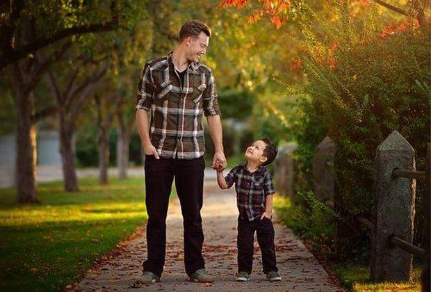 """Οι 3 βασικές διαφορές που διαχωρίζουν έναν """"μπαμπά"""", από έναν """"πατέρα"""""""