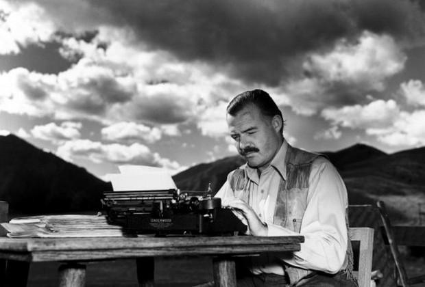 Να γράφεις, ό,τι καιρό κι αν κάνει, να γράφεις