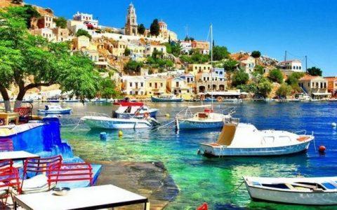 13 Ελληνικά νησιά για διακοπές από 25 ευρώ την ημέρα!