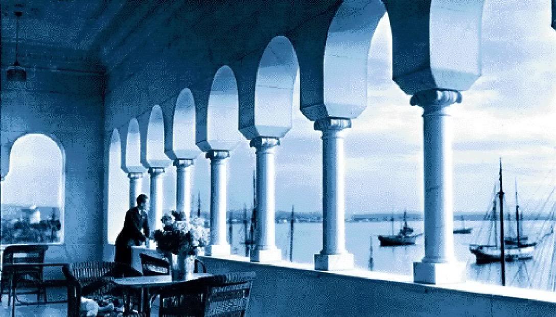 Άποψη από τον εξώστη του Mediterranean Palace, στη Θεσσαλονίκη του Μεσοπολέμου