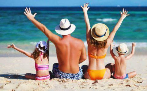 Καλοκαιρινές διακοπές με τα παιδιά: Πηγή απόλαυσης ή άγχους;
