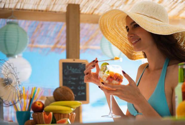 Τα μεγάλα διατροφικά ΝΑΙ και ΟΧΙ για τις πολύ ζεστές καλοκαιρινές μέρες