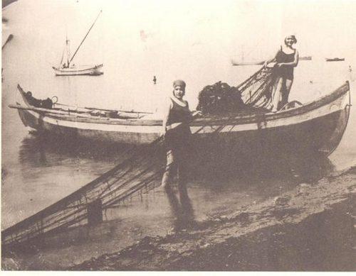 Από το προσφυγικό ψαροχώρι στη μαρίνα της Αρετσούς