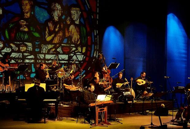 Άνεμος Λευτεριάς, από την ορχήστρα Εστουδιαντίνα Νέας Ιωνίας