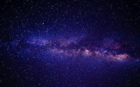 Νεκροί γαλαξίες, του Γιώργου Μυλωνά